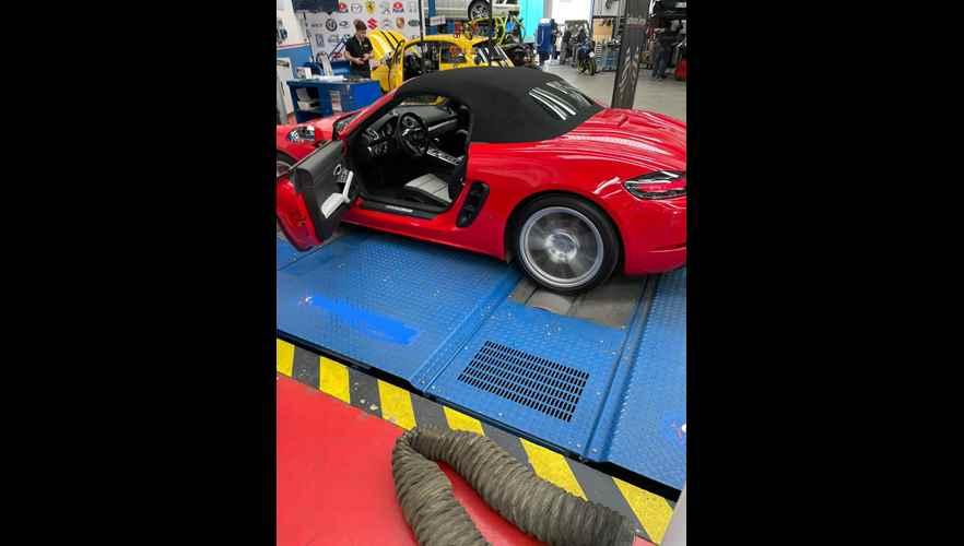 Rimappatura centralina Porsche Boxster 718 2.0t 300 cv